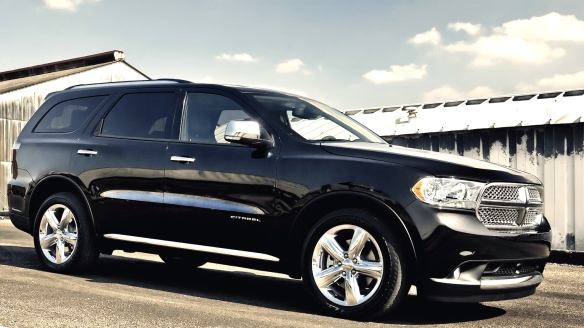 From the job site to the opera, Dodge�s Durango is a splendid workhorse.