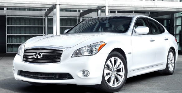 Infiniti M-series sedans turn heads. Now there's a stretch version too, but only for China, where big back seats and chauffeurs are the rage among the new Capitalists.