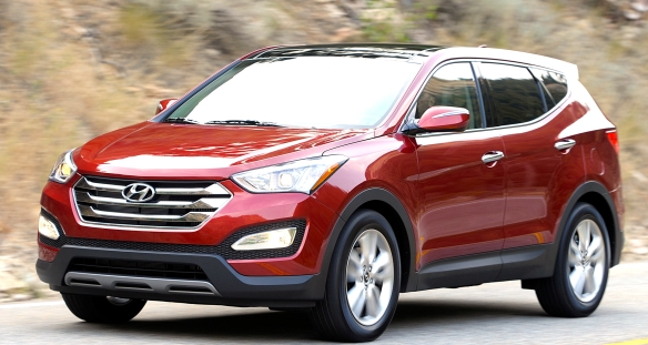 The three-bar grille tells us that this is the shorter of Hyundai�s two distinct Santa Fe lines, the 5-passenger Sport.